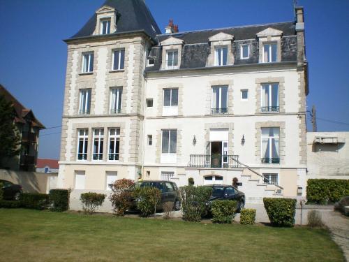 La Villa Andry : Hotel near Ouistreham