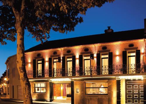 Villa Marsan : Hotel near Renung