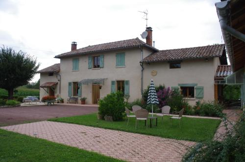 Le Relais de l'Etang : Bed and Breakfast near Francheleins
