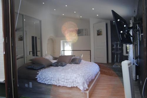 Les Chambres de Naevag : Guest accommodation near Saint-Rémy-de-Provence