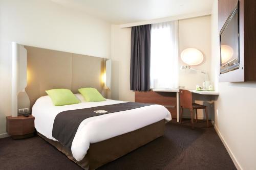 Campanile Amiens Centre - Gare Cathédrale : Hotel near Cayeux-en-Santerre