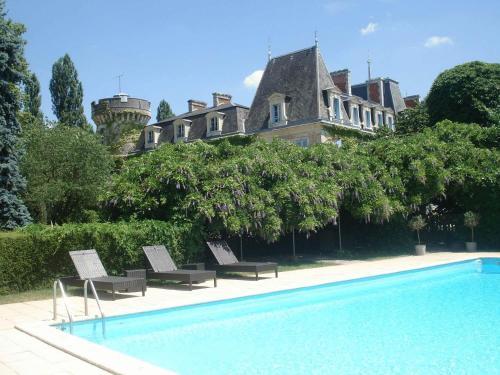 Chateau de Lalande - Les Collectionneurs : Hotel near Saint-Aquilin