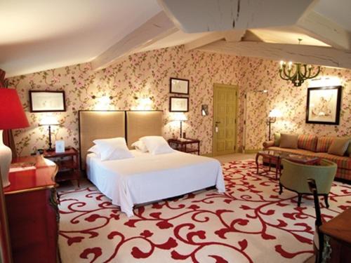 Hostellerie de Plaisance : Hotel near Saint-Pey-d'Armens