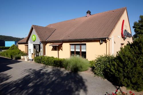 Campanile Lyon Sud - Chasse-Sur-Rhône : Hotel near Grigny