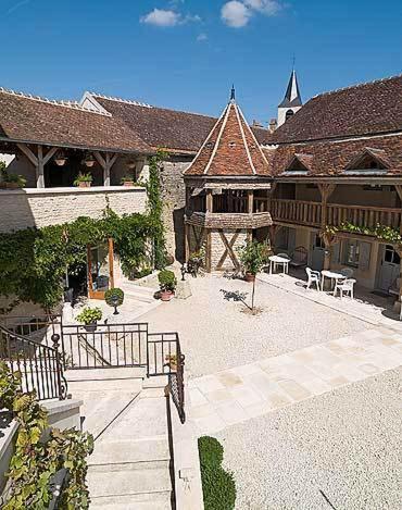 Hôtel De La Beursaudiere : Hotel near Annay-sur-Serein