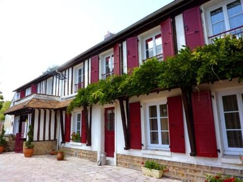 Le Vaumurier de Saint Lambert : Apartment near La Celle-les-Bordes