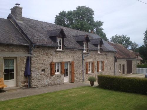 La Grange Ô Belles : Bed and Breakfast near Oisseau-le-Petit