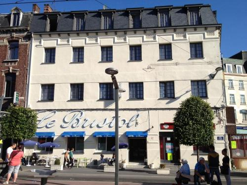 Hotel Le Bristol : Hotel near Beuvrages