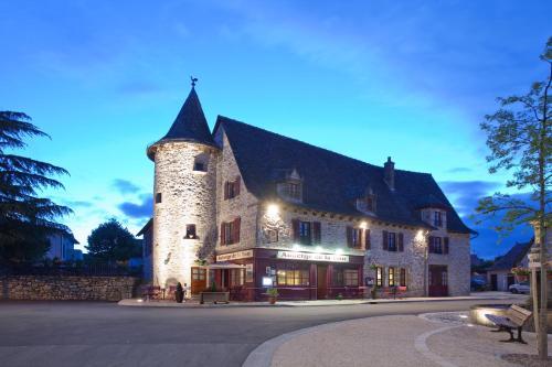 Auberge de la Tour : Hotel near Maurs