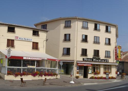 Hôtel de la Mère Michelet : Hotel near Roumazières-Loubert