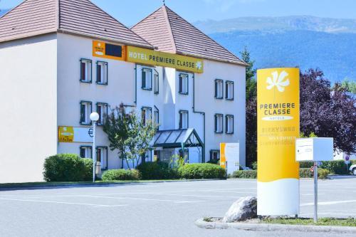 Premiere Classe Geneve - Saint Genis Pouilly : Hotel near Saint-Jean-de-Gonville