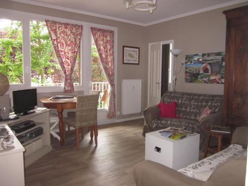 Résidence du Lac : Apartment near Corgengoux