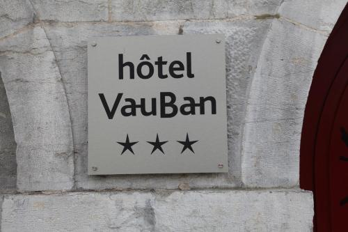 Hotel Vauban : Hotel near Épeugney