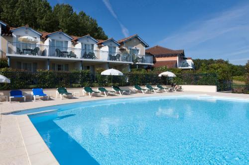 Résidence Pierre & Vacances Le Hameau du Lac : Guest accommodation near Artagnan