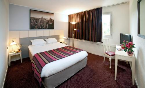 Hotel The Originals Paris Est Golf (ex Qualys-Hotel) : Hotel near Neuilly-sur-Marne
