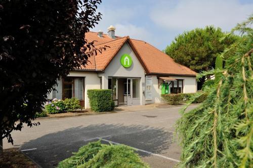 Campanile Marmande : Hotel near Guérin