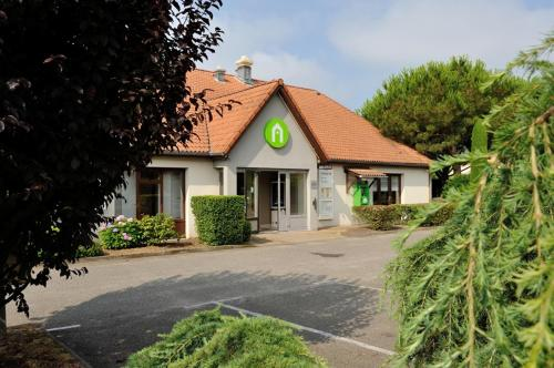Campanile Marmande : Hotel near Beauziac