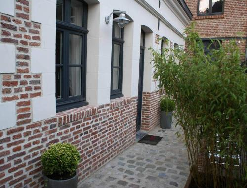 La Cour Soubespin : Bed and Breakfast near Lompret