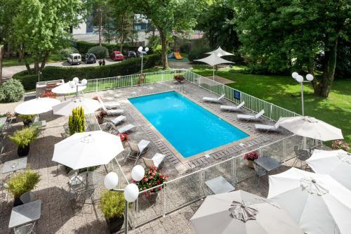 ibis Styles Besançon : Hotel near Thoraise
