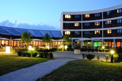 Best Western Porte Sud de Genève : Hotel near Clarafond-Arcine