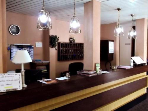 Hotel Restaurant Saint-Benoit : Hotel near Saligny-sur-Roudon