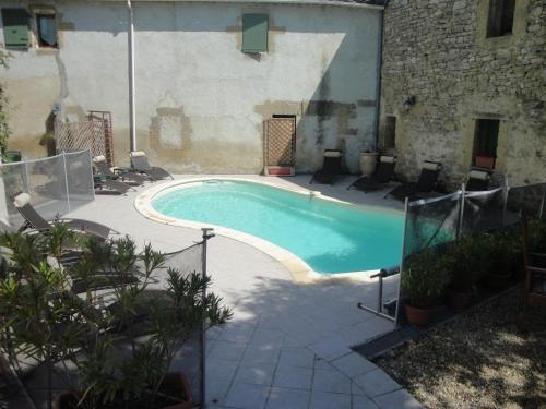 Bastide de la Treille : Guest accommodation near Montaren-et-Saint-Médiers