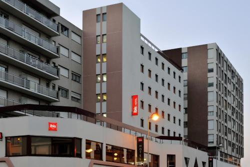 ibis Amiens Centre Cathedrale : Hotel near Rainneville