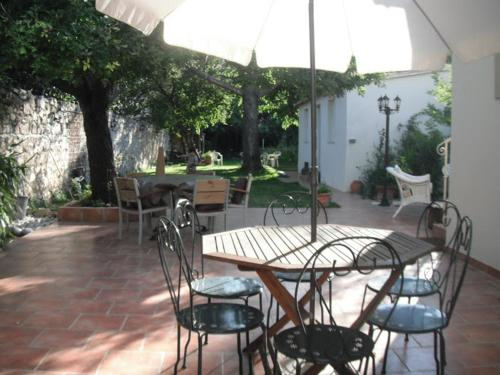 Gite Grise Mine Deco : Guest accommodation near Marseille 11e Arrondissement