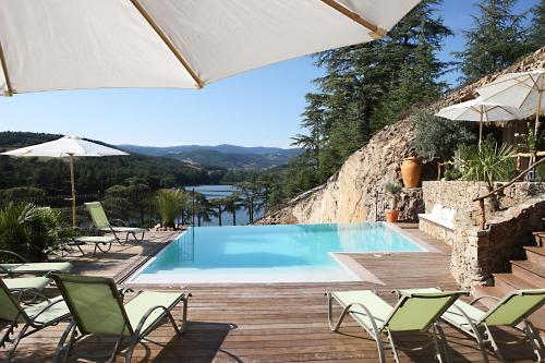 Auberge Du Lac : Hotel near Brossainc
