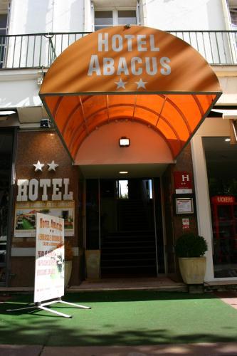 Abacus Hôtel : Hotel near Royan