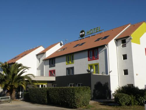 B&B Hôtel PERPIGNAN Nord Aéroport : Hotel near Claira