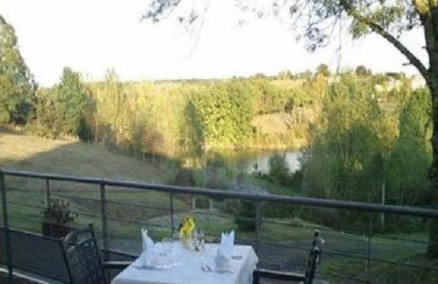 L'Hostellerie des Lacs : Hotel near Le Born