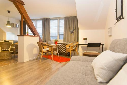 Appart Titanic Cherbourg Centre Port : Apartment near Carneville