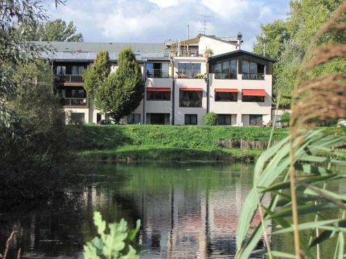 Hotel Le Caballin : Hotel near Biesheim
