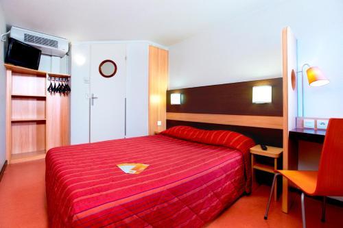 Premiere Classe Dunkerque Saint Pol Sur Mer : Hotel near Grande-Synthe