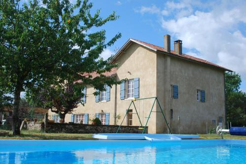 Chambres d'Hôtes Larrey : Bed and Breakfast near Montgaillard