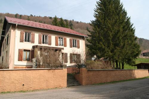 Gite La Hutte : Guest accommodation near Ranspach