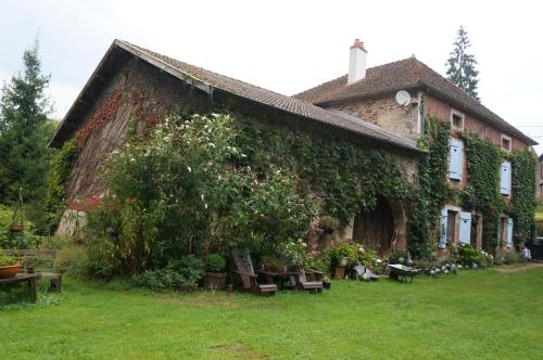 Maison De Massey : Bed and Breakfast near Godoncourt
