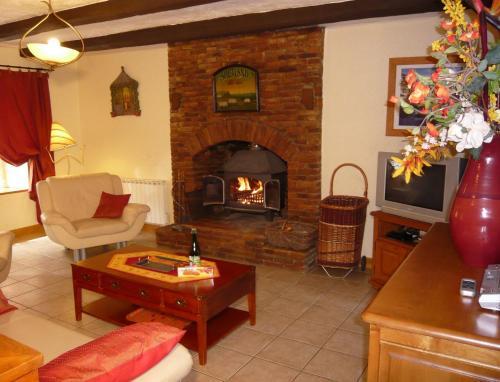 Gites Mont St Michel - Les Grevettes & Iroise : Guest accommodation near Saint-Georges-de-Gréhaigne