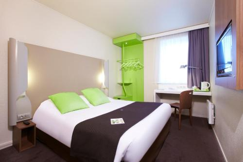 Campanile Nogent-Sur-Marne : Hotel near Champigny-sur-Marne