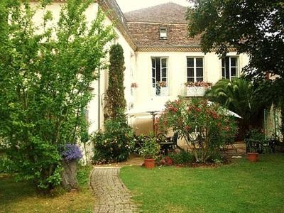 Chambres d'Hôtes Les Remparts : Bed and Breakfast near Saint-Eutrope-de-Born