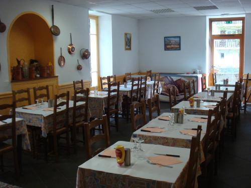 Au Relais d'Auron : Hotel near Roure