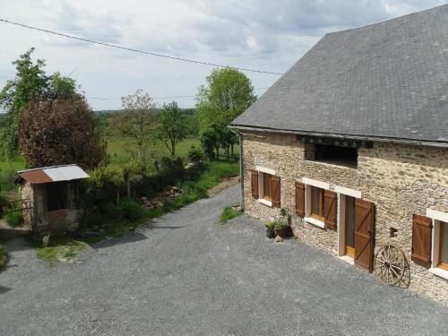 Mille Joies : Apartment near Saint-Pardoux-Corbier