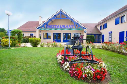 Comfort Hotel Etampes : Hotel near Chalou-Moulineux