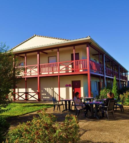 Couett'hotel Oloron Sainte Marie : Hotel near Oloron-Sainte-Marie