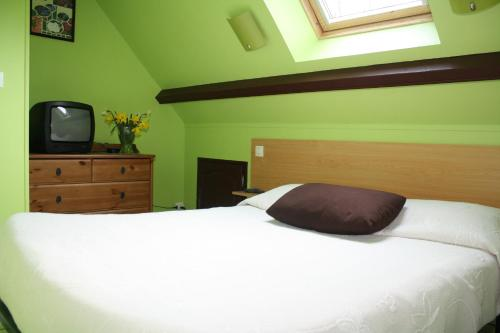 Gites Des Petits Près : Guest accommodation near Genneville