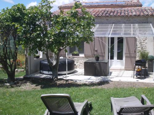 Au Coin Joli : Guest accommodation near Saint-Michel-l'Observatoire
