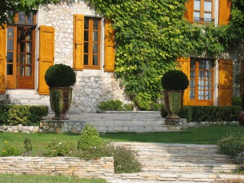 La Frandomière : Bed and Breakfast near Montdardier