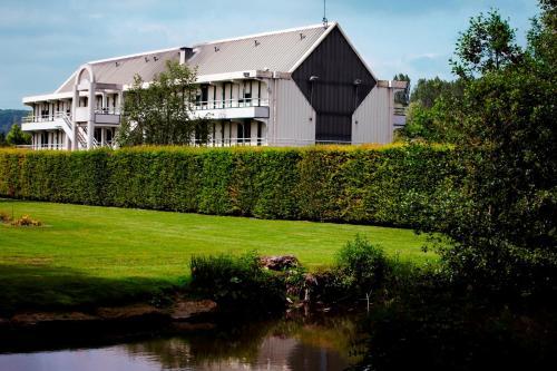 Premiere Classe Creil - Villers Saint Paul : Hotel near Lamécourt
