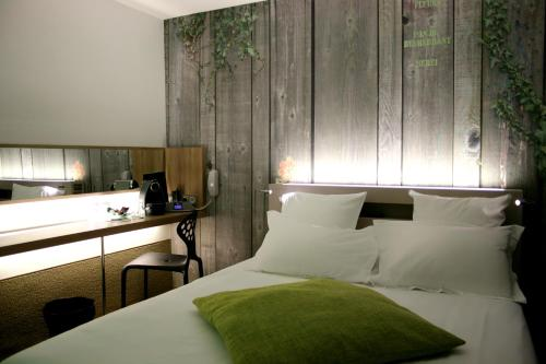 Best Western Hotel Faubourg Saint Martin : Hotel near Paris 10e Arrondissement